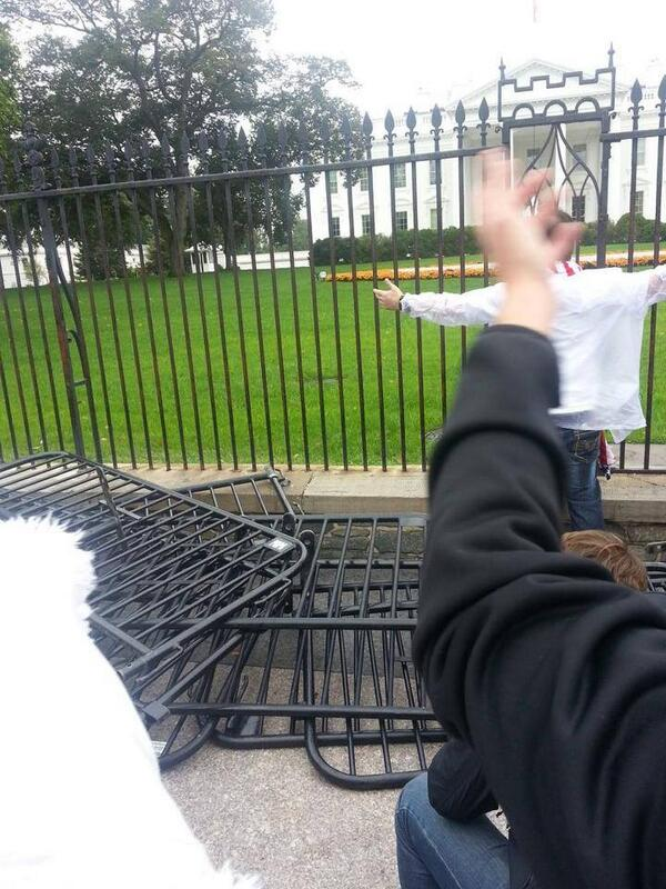 Barrycades at WH