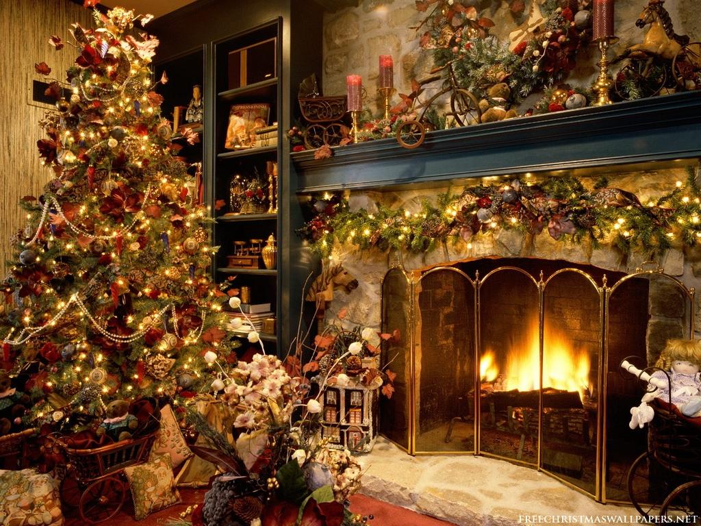 Christmas Tree & Fireplace