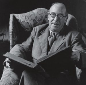 c-s-lewis-with-book